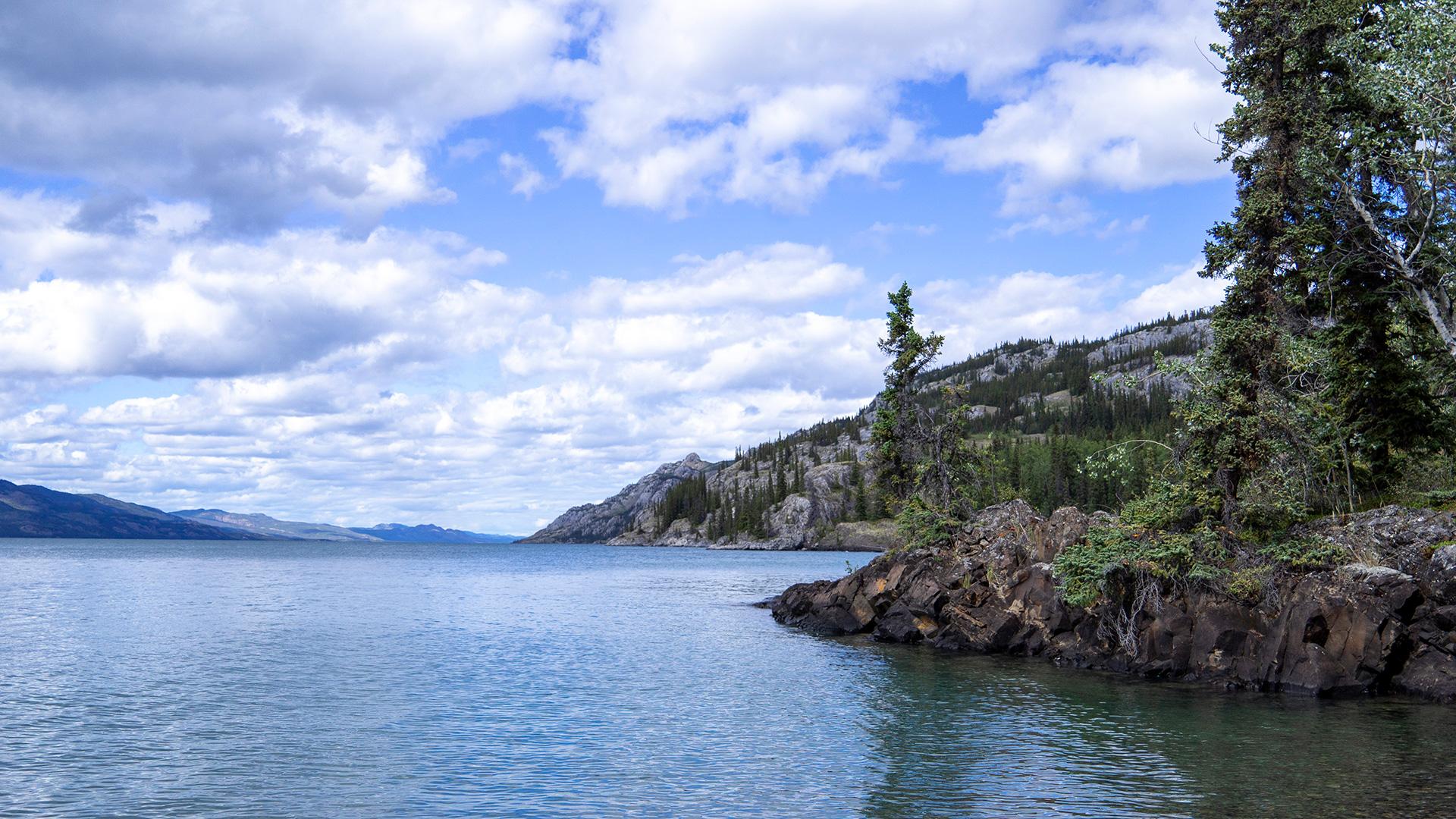 Canoeing on Lake Laberge