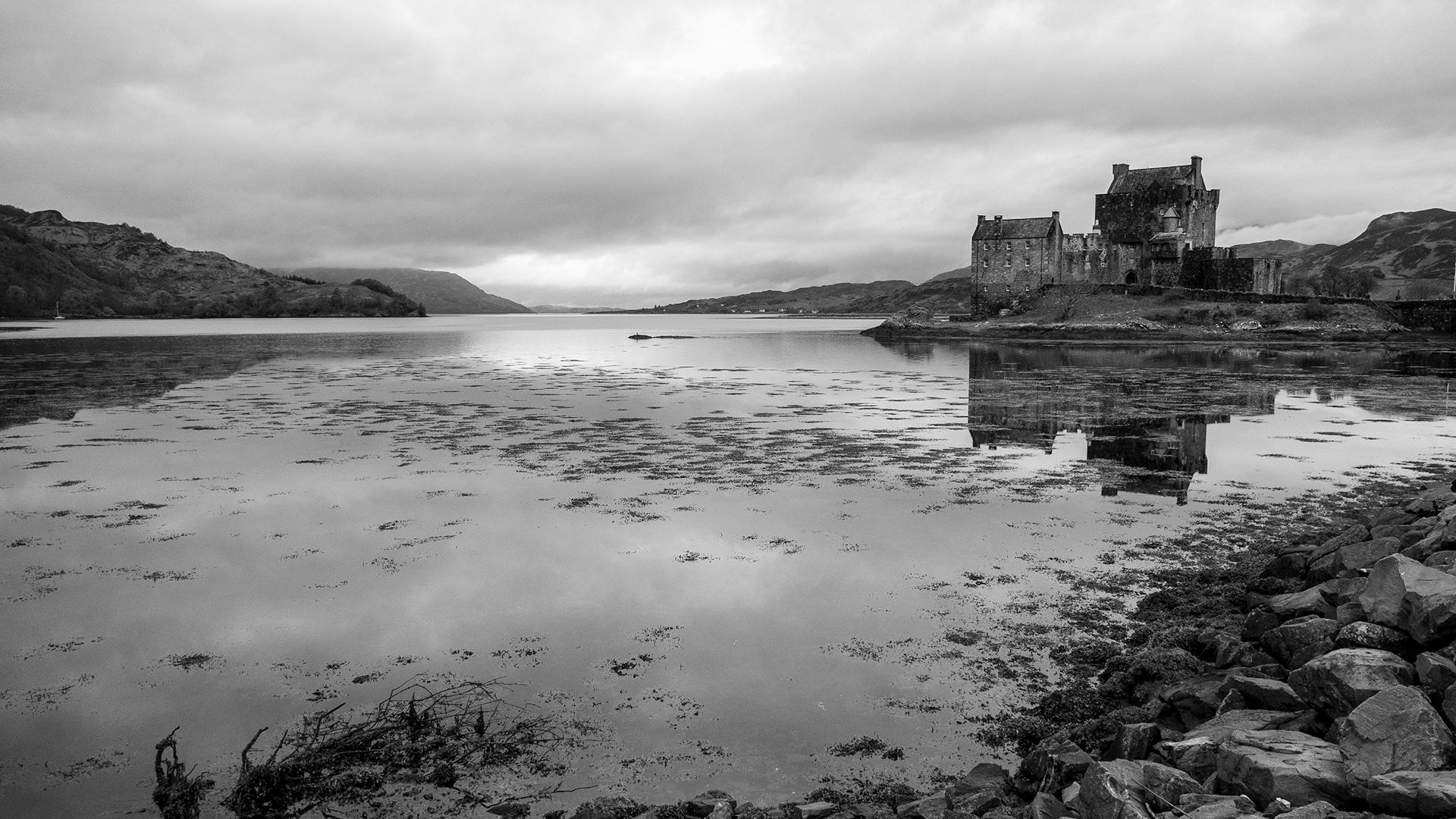 Eilean Donal Castle